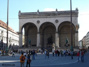 Feldherrnhalle na náměstí Odeonsplatz