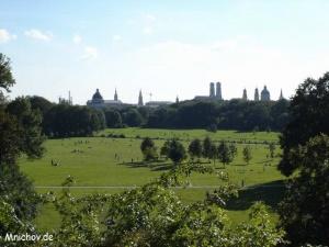 Výhled z Monopteros na Mnichov